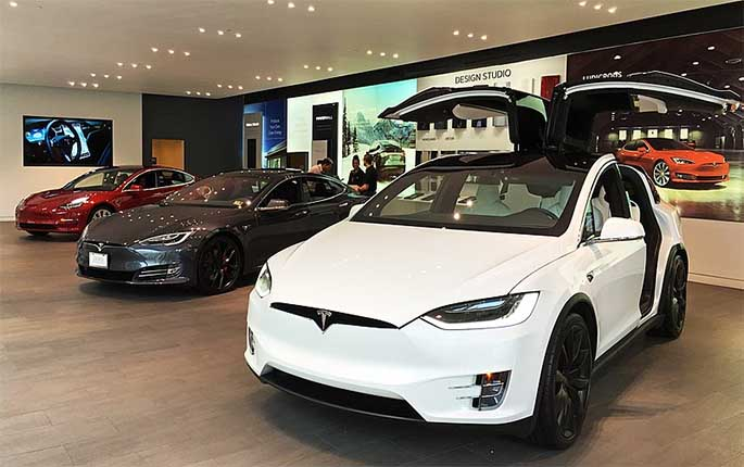 Picture of a Tesla to accompany article about Elon Musk questioning California's software tax